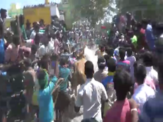 youth tried to disturb in krishnagiri bull race infront of jallikattu committee