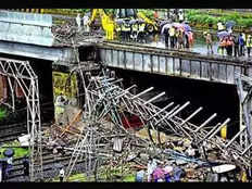 mumbai delial road bridge will be ready in 10 months