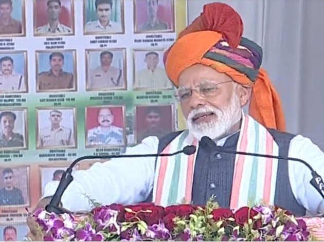 राजस्थान के चुरू में पीएम मोदी
