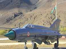 indian air force jets intercept pakistan planes near loc push them back live updates