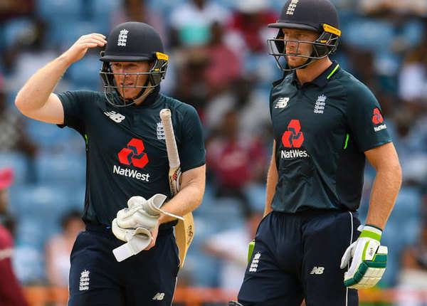 2015 वर्ल्ड कप से इंग्लैंड 4 बार 400 पार