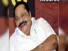 duraimurugan reacts to lk sudeesh statement and said there s no personal things to discuss with dmdk party leaders