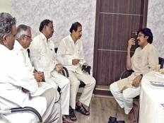 communist parties discussion with janasena for seats sharing in general elections in ap