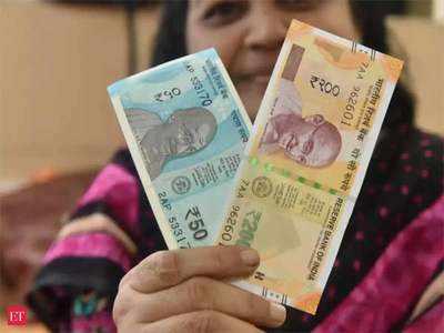 50 और 200 रुपये के नए नोट।