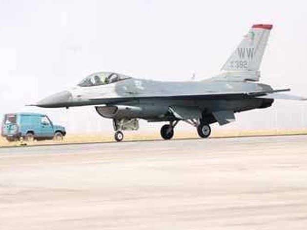 पाकिस्तान के F-16 इस्तेमाल करने और ढेर होने से अमेरिका भी परेशान