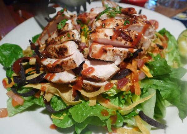 चिकन और सब्जियां