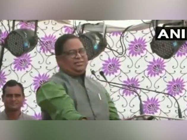 कांग्रेस नेता हरिभाई राठौड़ ने एयर स्ट्राइक पर उठाया सवाल
