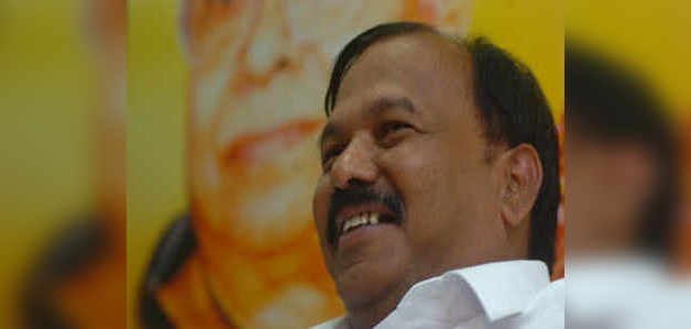कांग्रेस के 7 बार के विधायक कालिदास कोलाम्बकर थामेंगे बीजेपी का दामन