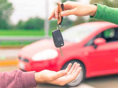 Deelars Ki Auto Companiyon Se Gaadiyon Ka Stock Ghataane Ki Appeal
