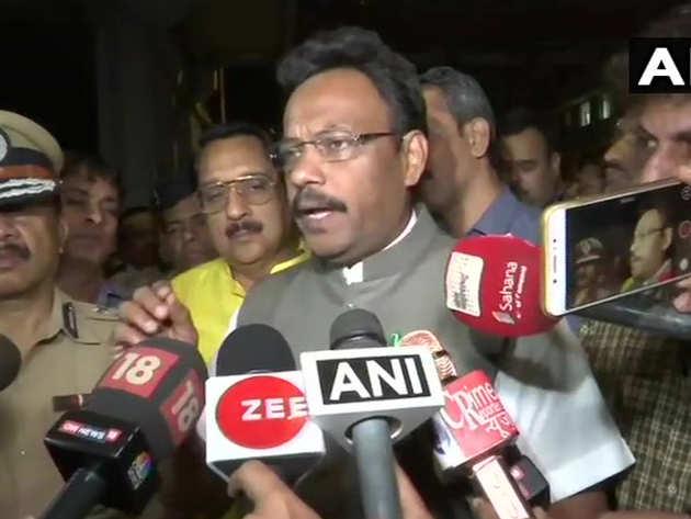 मंत्री विनोद तावड़े ने किया जांच का वादा