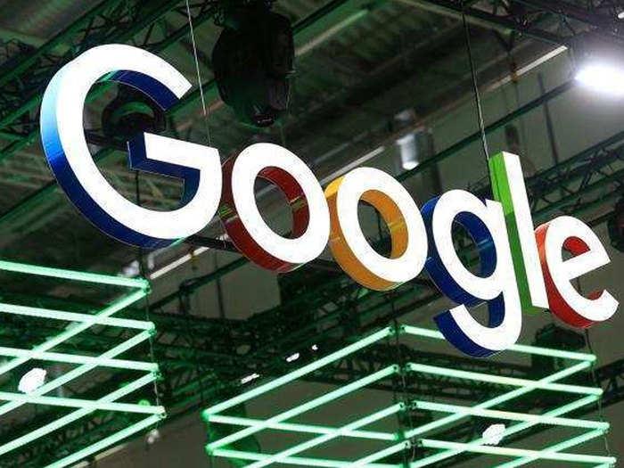 Google ने Z-fold डिस्प्ले टेक्नॉलजी के लिए फाइल किया पेटेंट