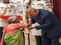 environmentalist mother of trees saalumarada thimmakka blessed president ram nath kovind padma awards