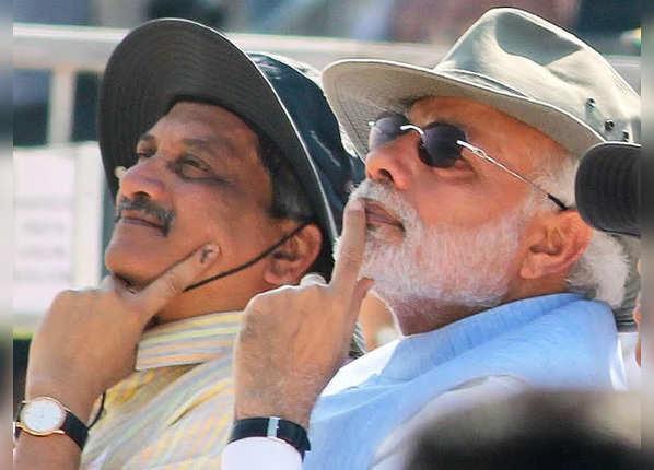 पीएम नरेंद्र मोदी के खास सहयोगियों में से थे मनोहर पर्रिकर