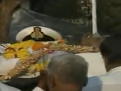 मनोहर पर्रिकर का पूरे राजकीय सम्मान के साथ अंतिम संस्कार, अंतिम विदाई में शामिल हुए हजारों प्रशंसक