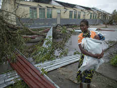 at least 180 people died and more than 1000 injured in ida cyclone in southern africa