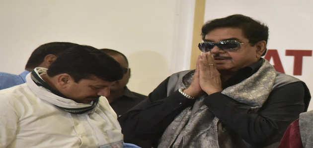 'कांग्रेस के टिकट पर पटना साहिब लोकसभा सीट से चुनाव लड़ेंगे शत्रुघ्न सिन्हा'