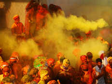 leaders from various parties participates in holi programmes in west bengal
