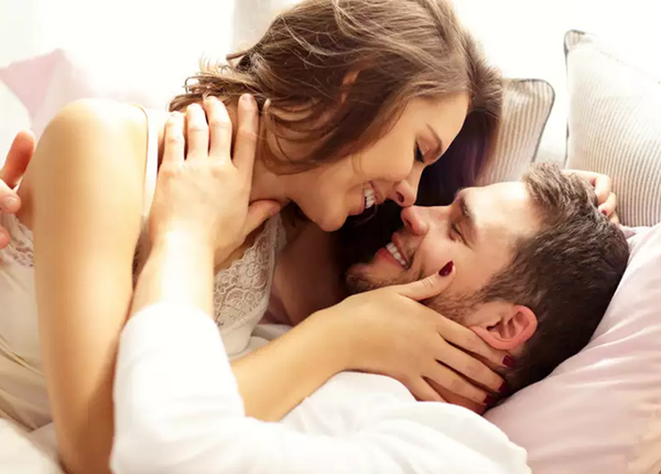 अच्छी सेक्स लाइफ के लिए अपने खाने में शामिल करें ये चीजें