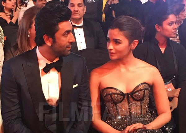 रणबीर-आलिया के अलावा इन स्टार्स ने जीता फिल्मफेयर अवॉर्ड