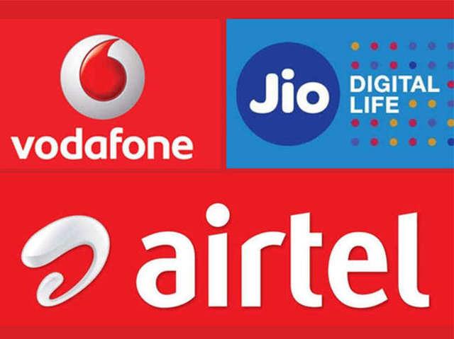 Jio vs Airtel vs Vodafone: 100 रुपये से कम के बेस्ट डेटा टॉप-अप प्लान