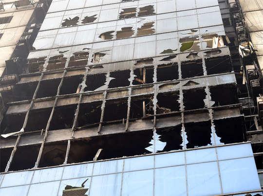 बांग्लादेश की इमारत में लगी आग (फाइल फोटो)