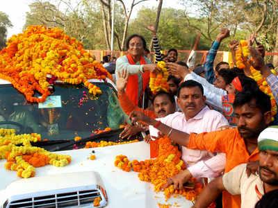 मंत्री रीता बहुगुणा जोशी ने किया शक्ति प्रदर्शन