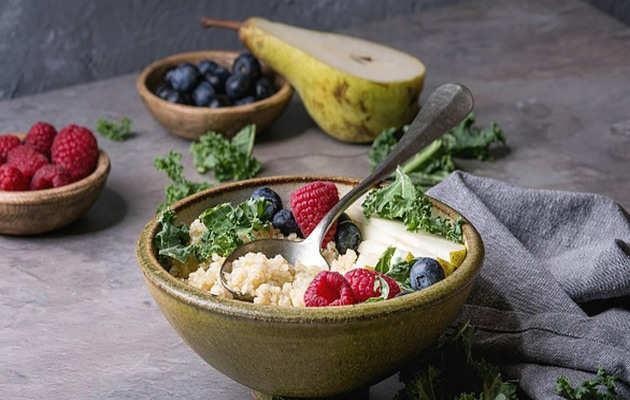 वजन कम करने में मदद करता है क्विन्वा, जानें कब खाएं