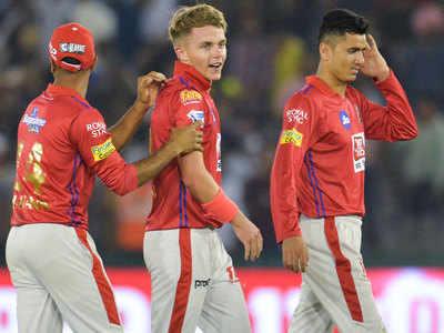 IPL में हैटट्रिक लेने वाले सबसे युवा खिलाड़ी हैं करन।