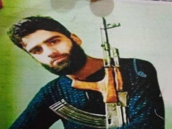 banihal car bomb attacker linked to hizbul mujahideen say cops