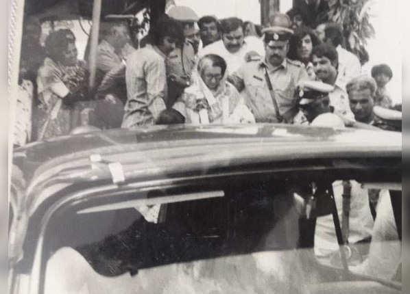 इंदिरा गांधी ने 1980 में दक्षिण की सीट से लड़ा चुनाव