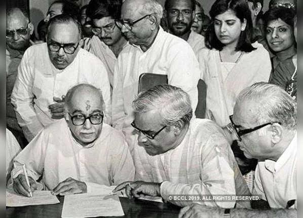 1991 में नई दिल्ली और गांधीनगर से आडवाणी ने लड़ा चुनाव