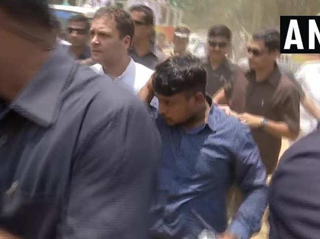 राहुल ने पत्रकारों की मदद की