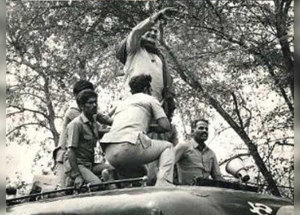 1987: देवीलाल के लिए अपनी गाड़ी भी हरियाणा ले गए थे एनटी रामाराव