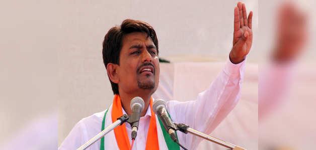 लोकसभा चुनाव 2019: गुजरात के ओबीसी नेता अल्पेश ठाकुर ने कांग्रेस छोड़ी