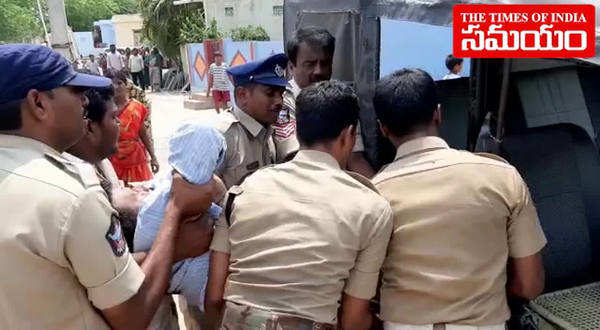 fight between tdp and ysrcp supporters in tadipatri two died