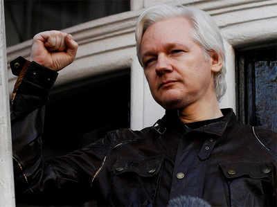 विकिलीक्स फाउंडर जूलियन असांजे लंदन में गिरफ्तार
