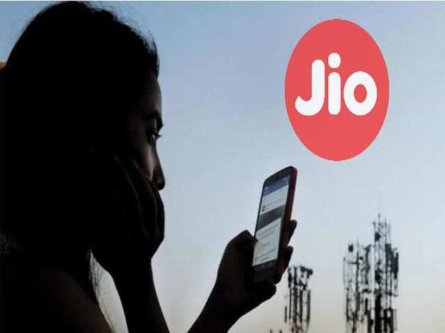 सिर्फ ढाई साल में Reliance Jio के ग्राहकों की संख्या पहुंची 30 करोड़ के पार