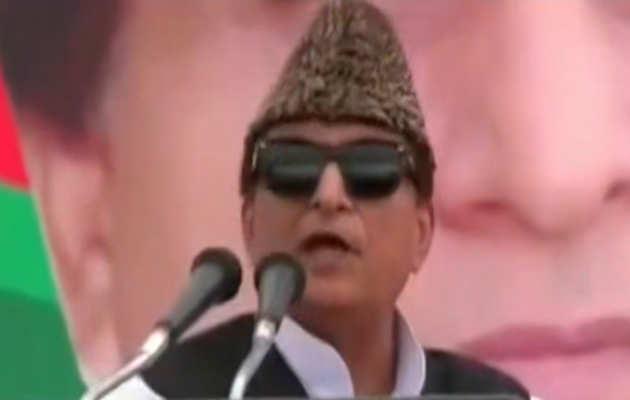 समाजवादी पार्टी के नेता आज़म खान ने मीडिया का उड़ाया मज़ाक