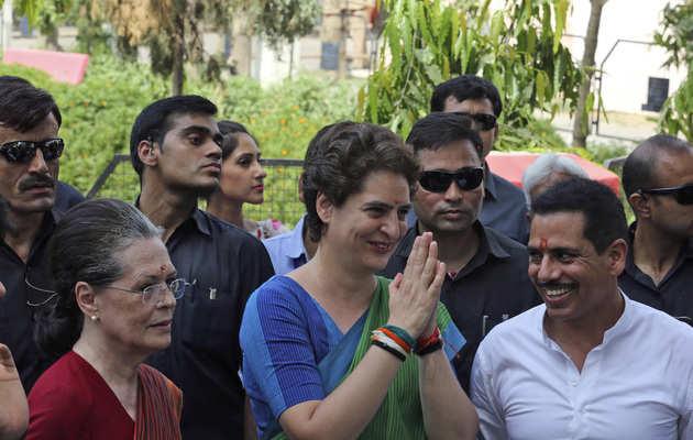 लोकसभा चुनाव: वाराणसी से प्रधानमंत्री मोदी के खिलाफ लड़ सकती हैं प्रियंका गांधी