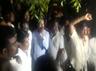 dmk cadres oppose against it raid in tuticorin kanimozhi house