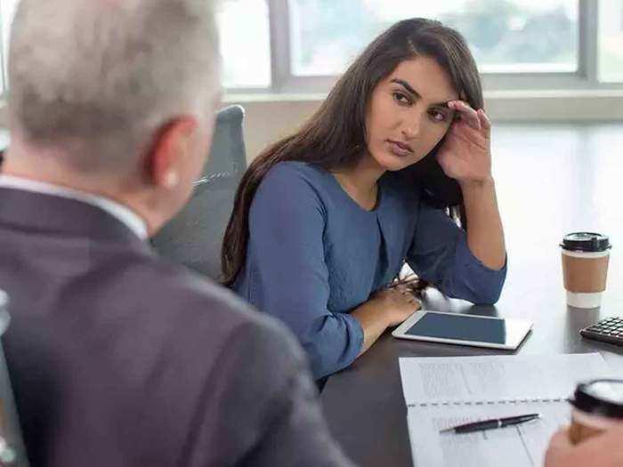 बॉस, सहकर्मी को दिया उधार? जानिए वापस लेने के तरीके - how to get money from  borrowers colleagues and boss   Navbharat Times