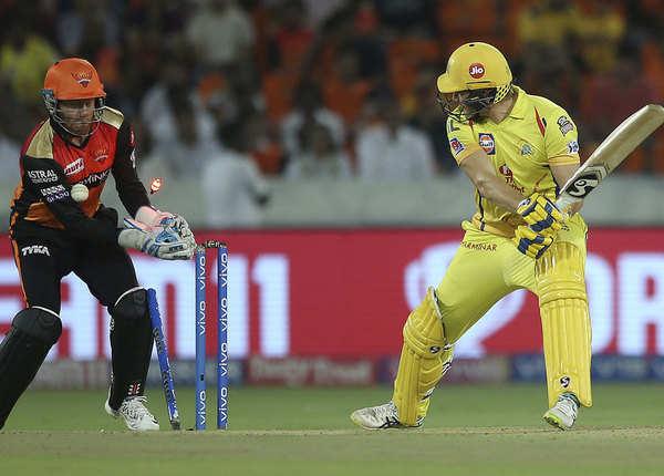 10 से 15 ओवर में सिर्फ 22 रन और गंवाए 5 विकेट