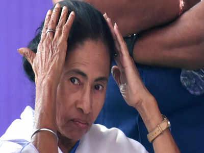 पश्चिम बंगाल: मतदान से 3 दिन पहले चुनाव आयोग ने मालदा के एसपी को हटाया