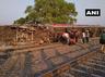 in poorva express derailment lbh coaches avoid casualties