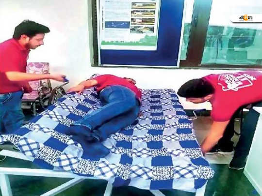 special bed invented by delhi iit students for bedsore patients