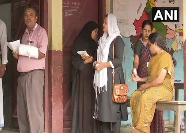 मतदाताओं में मतदान का उत्साह