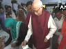 lok sabha chunav 2019 veteran bjp leader lk advani casts his vote at a polling booth at shahpur hindi school in ahmedabad