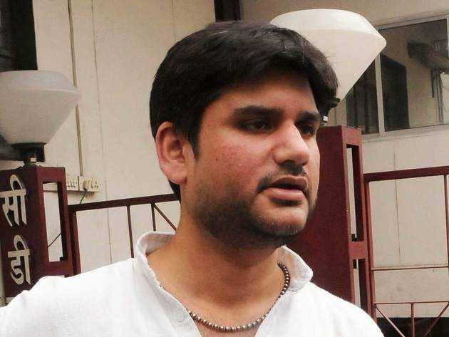 16 अप्रैल को रोहित शेखर की हत्या हुई थी