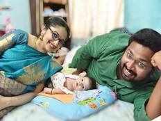 sabari divyas baby boy named as malhar