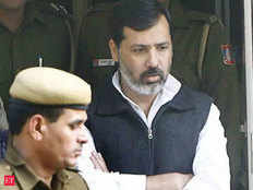 special court said to bahubali former mp dhananjay singh that if he will not present then nbw will be issued against him